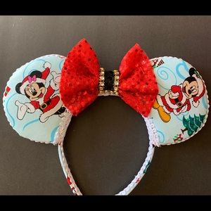 Minnie Christmas Ears, Mickey Christmas Ears, Gift